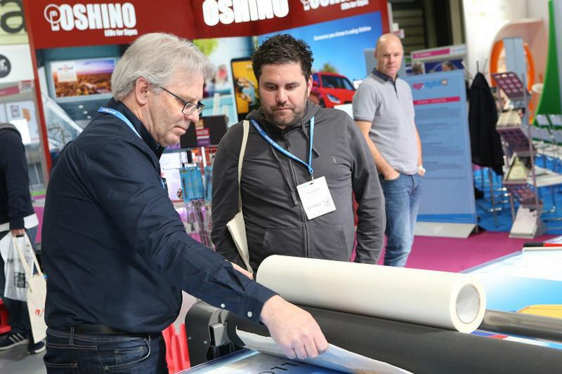 Exhibition Stand Installer Jobs : Sign and digital uk exhibition sign digital